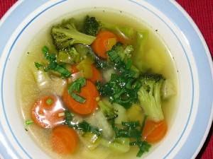 Suppe mit Bärlauch gewürzt