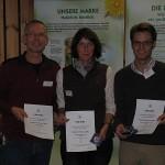 Prämierte Krefelder Imker Harald Koch, Brigitta Roulands, Frederik Holzapfel (0461)